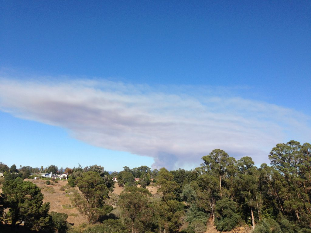 Smoke plume from Loma Fire at 16:06. 26 September 2016 © Allison J. Gong